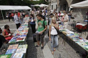 Ярмарка школьных учебников в Любляне
