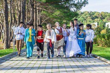 Международная смена «Мосты дружбы» в лагере «Орленок»